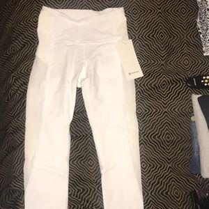 New Lululemon Wunder Under HR Crop Flocked White 4